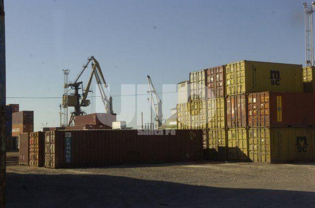 El ingreso de productos primarios e industriales está impactando en los diferentes rubros. Foto: J. Busiemi