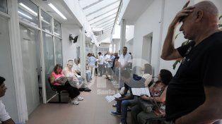Renovación. El ciudadano no solo debe pagar por el trámite que cuesta 675 pesos, sino además esperar.