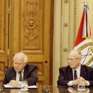 Convenio. Gils Carbó, Lifschitz y De Olazábal firmaron el acuerdo para comenzar a trabajar de forma coordinada.