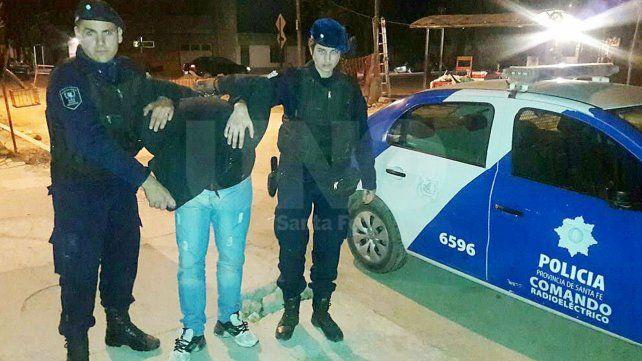 Cuatro policías le salvaron la vida a un vecino en barrio Nueva Pompeya