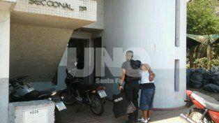 Aprehendieron a un muchacho con un chaleco antibalas en barrio San José