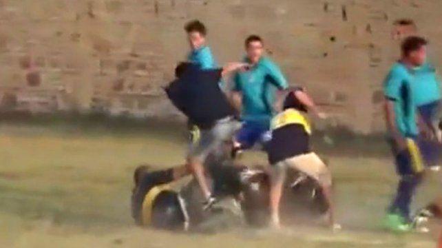 Salvaje golpiza a un árbitro y a policías en una liga formoseña