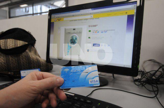 Ventas. Hasta el momento las transacciones vía web se realizan con tarjeta de crédito