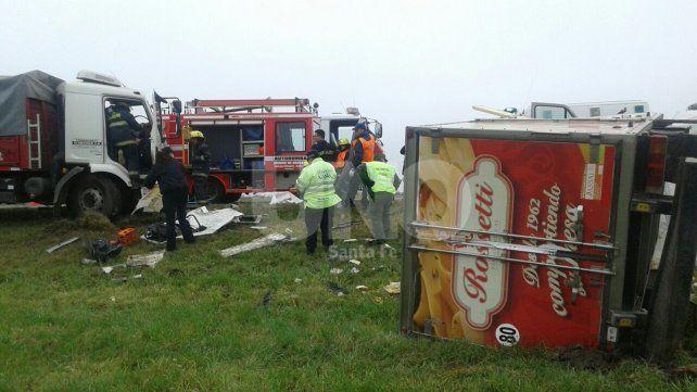 Dos muertos tras un choque de camiones en la ruta 34