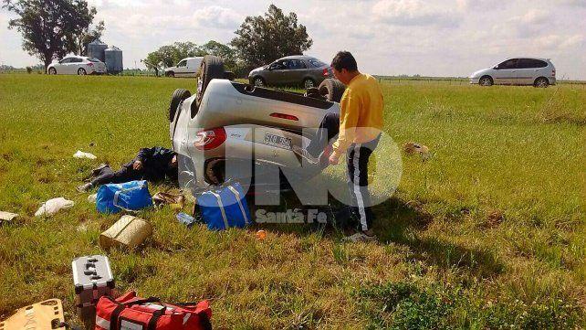 Accidente fatal en Angélica: murió una mujer tras volcar con su auto en la ruta 19