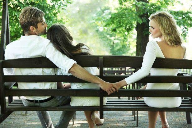 ¿Por qué aumenta la infidelidad con la crisis económica?
