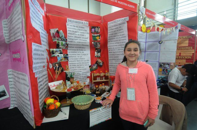 Aromas de Nuestra Granja. Los estudiantes aprendieron a realizar esencias