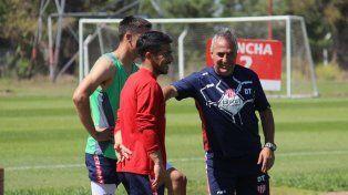 Madelón pretende que Acevedo se asocie a Rolle y Godoy a la hora de poner pausa en el mediocampo.