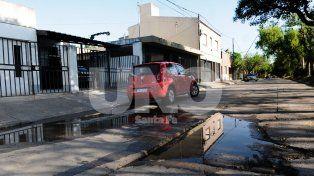 Constante. Fue la salida y escurrimiento del agua sobre la calzada donde el tránsito es fluido.