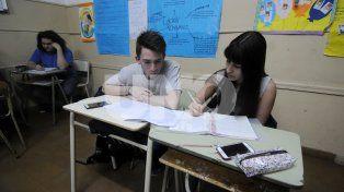 Población. Todos los alumnos de 6º grado y 5º año deberán hacer la prueba. Además se seleccionará algunos cursos de 3º grado y 2º año.