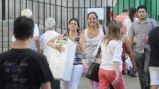 Intenso. Fue el movimiento que se registró en la peatonal de la ciudad el sábado por la tarde.
