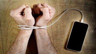 Las 10 claves para detectar si una persona es adicta a las redes sociales