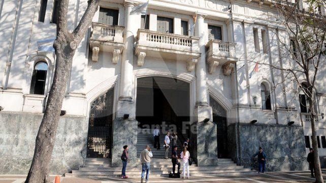 Estudian si los delitos investigados en la megacausa afectan bienes de la provincia