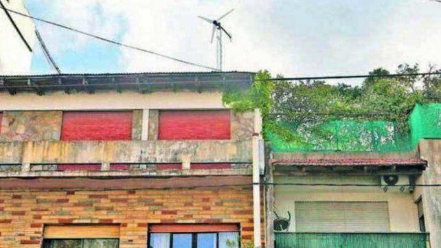 La Plata: una familia puso energía eólica en su casa y sólo paga $100 de luz