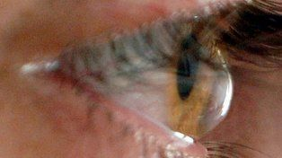 Una joven santafesina demandó al Incucai por una córnea infectada