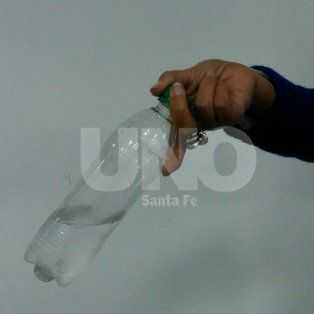 El desafío de la botella, el juego que es furor entre los chicos de Santa Fe