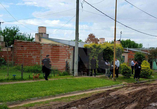 Sorpresa. La PDI allanó aquella mañana una casa ubicada en Reynares al 10400.