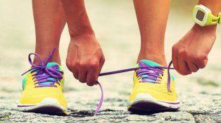 Las 6 formas diferentes de atarse los cordones de las zapatillas para correr y por qué te debería importar