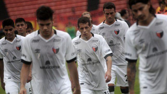 Colón perdió ante Patronato: mucho esfuerzo y poco fútbol