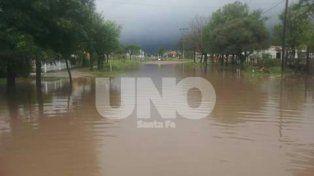 Inundados. Villa Minetti fue otra de las localidades afectadas por las abundantes lluvias.