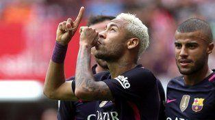 una foto que puede comprometer el futuro del futbolista