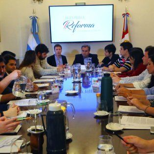 reforma constitucional: referentes de juventudes politicas se suman al proceso de dialogo