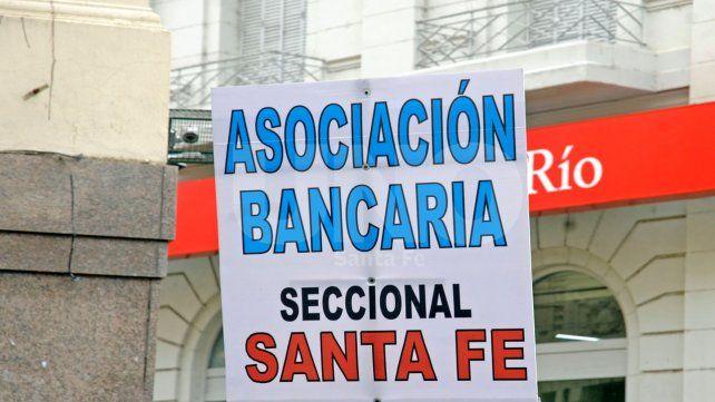 La Bancaria, de paro y contra los bancos que abren mañana