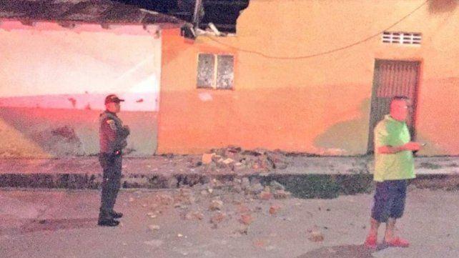Un fuerte sismo sacudió el centro y sur de Colombia