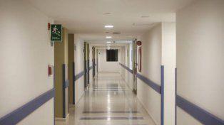 Un enfermero fue acusado de practicarle sexo oral a un paciente sedado