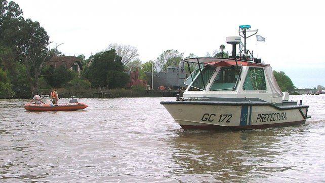 Misterio en Tigre: aparecieron dos muertos en un yate Delta prefectura