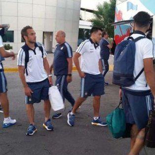 llegan a brasil los primeros jugadores del seleccionado nacional