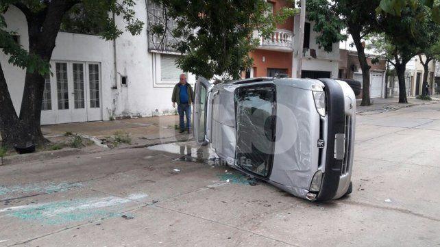 Violento choque en barrio Candioti Norte