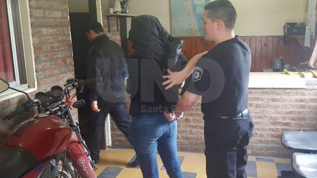 Detuvieron a dos jóvenes que cometieron un cuantioso robo en la localidad de Nelson