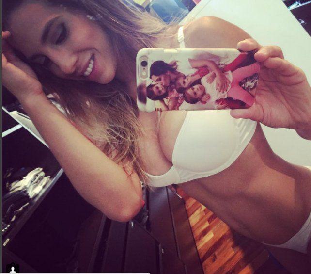 Cinthia Fernández incendió Instagram antes de irse a dormir: ¡Mirá la foto!