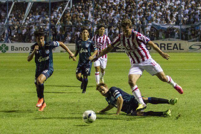 En el debut como DT de Juan Pablo Pumpido, Unión empató 1 a 1 con Atlético Tucumán