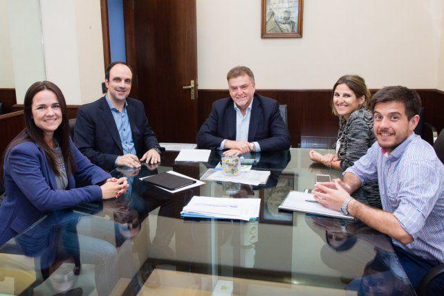 Nación financiará obras de mejoras para barrios de la Ciudad