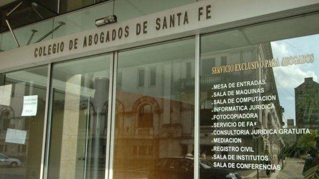 Abogados piden se extremen criterios en concesión de licencias