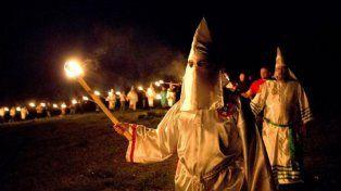 Efecto Trump: el Ku Klux Klan convocó a un desfile para celebrar la victoria del republicano