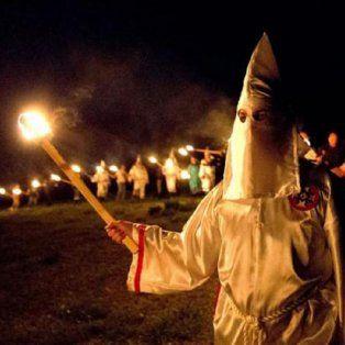 efecto trump: el ku klux klan convoco a un desfile
