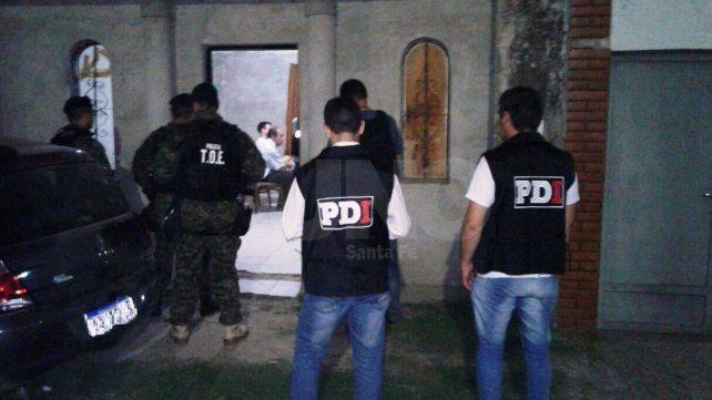 El pasado martes. Los acusados fueron detenidos en una vivienda de Pasaje Servidumbre al 7700 de barrio Del Tránsito.