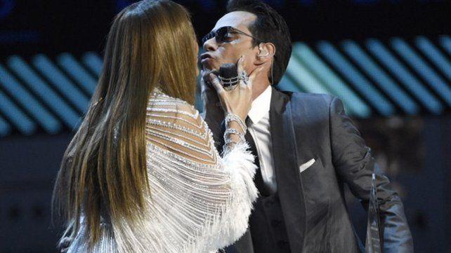 Fueron Pimpinela en una noche de amor y besos en los Grammy
