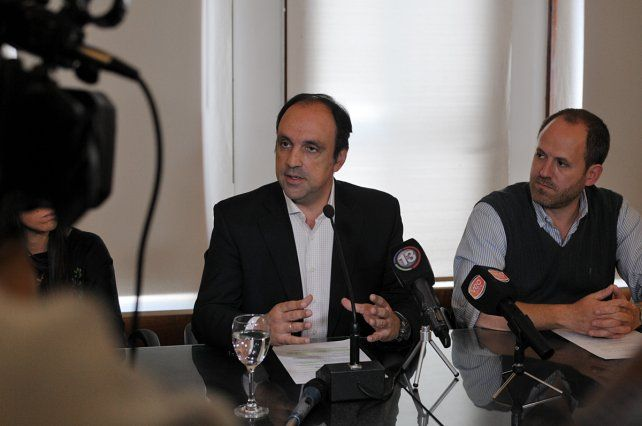 El intendente aseguró que denunciaron ante la Justicia a un comercio por venta irregular de municiones