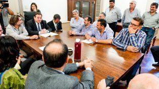 Cuarto intermedio. Las negociaciones entre los intendentes paritarios y Festram continuará este miércoles.