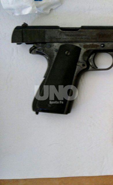 Santo Tomé: aprehendieron a un adolescente con un arma de guerra