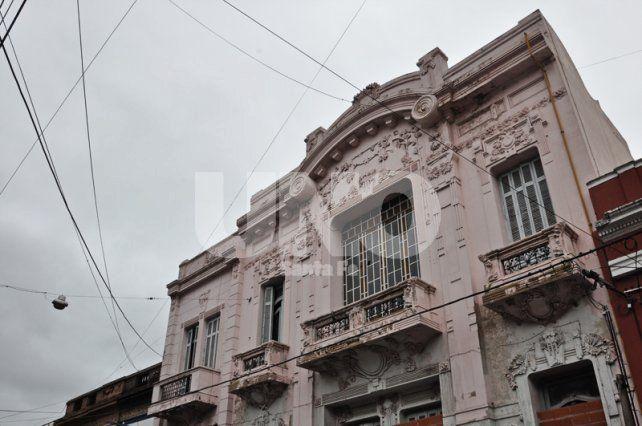 Nueva dirección. La Casa Candioti II alojará el secundario de la escuela Mantovani.