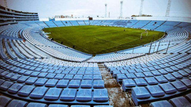 Un estadio de fútbol que está en dos ciudades al mismo tiempo