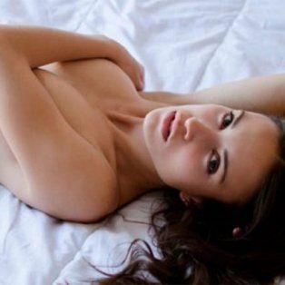 las fotos ineditas de la novia de mariano martinez en una pagina porno