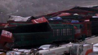 Un accidente múltiple de 56 vehículos en China deja 17 muertos y 37 heridos