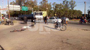 Un ciclista murió al ser embestido por un camión en Circunvalación