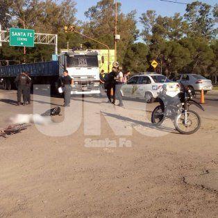 un ciclista murio al ser embestido por un camion en circunvalacion